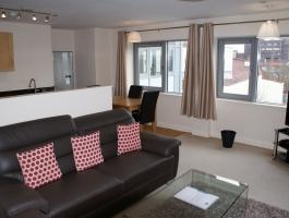 2 Bed Bloomsbury House - NN1